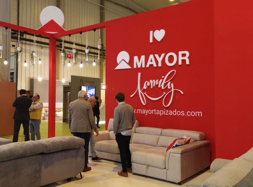 Rotundo Éxito de Mayor Tapizados en la Feria del Mueble de Zaragoza
